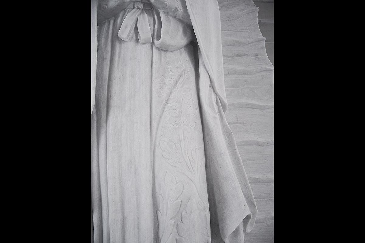 Madonna di Guadalupe | Materiale: Bianco Carrara